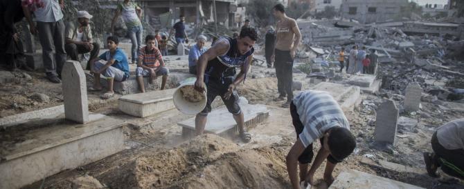 La fine del Ramadan favorisce la tregua umanitaria a Gaza City, ma un colpo di mortaio si porta via un altro bimbo palestinese
