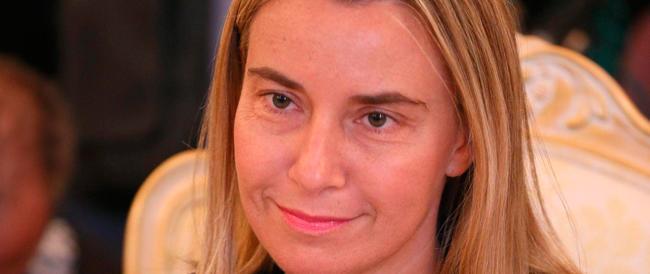 Juncker eletto presidente, prima doccia fredda sul governo italiano: «La Mogherini? Non ha i voti»