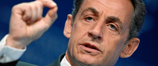 Sarkozy rilasciato in piena notte: rischia 10 anni di carcere