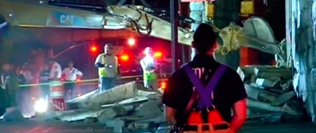 NewYork flagellata dal maltempo, danneggiato il ponte di Brooklyn: 5 feriti nel crollo