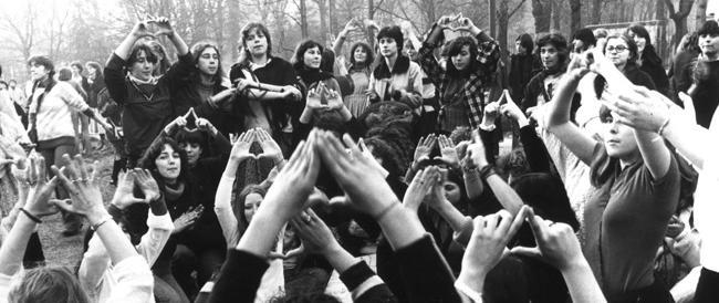 I gesti del femminismo furono meno rivoluzionari del tubino di Coco Chanel