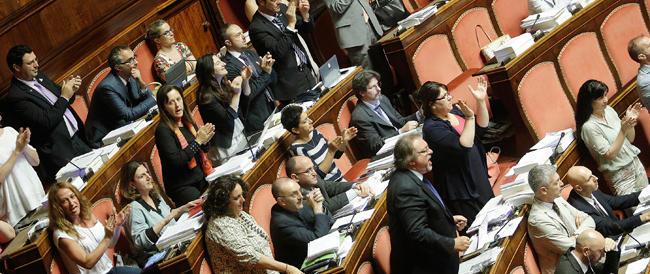 """Riforme, l'opposizione """"marcia"""" sul Colle contro la decisione di contingentare i tempi a Palazzo Madama"""