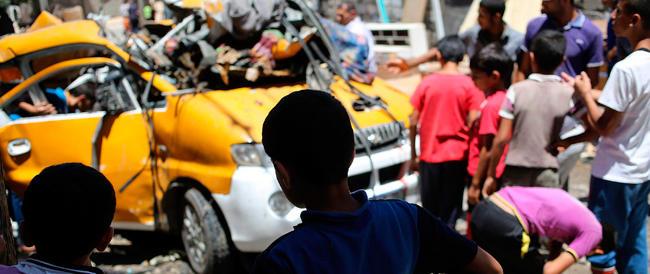 Quattro bambini uccisi a Gaza. Oltre 210 le vittime palestinesi. Hamas al Cairo per discutere la tregua