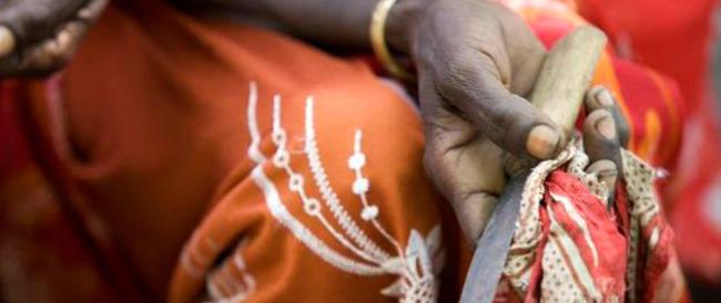 Denuncia delle Nazioni Unite: 125 milioni di donne hanno subito mutilazioni genitali. 40mila i casi stimati in Italia