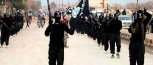 Iraq: cristiani in fuga da Mosul dopo le minacce jihadiste. Bruciato il vescovado della città