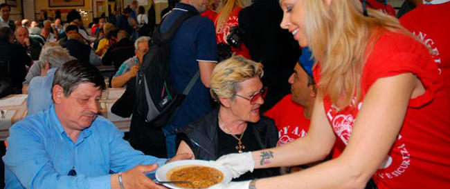 La Caritas lancia l'allarme: in Italia raddoppiano i poveri. E nulla può il bonus in busta paga…