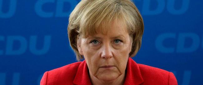 """La Merkel mette di nuovo becco: """"Mattarella mi va bene, Tsipras no"""""""