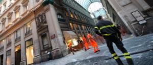 Napoli, è morto il ragazzino colpito dai calcinacci della Galleria Umberto. La Procura indaga sulle responsabilità