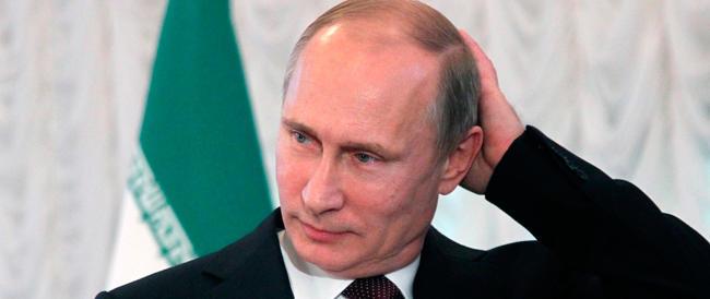 Le ossessioni dei Putin. Il padre ha un assaggiatore contro gli avvelenamenti, la figlia fugge dall'Olanda dopo il giallo del boeing
