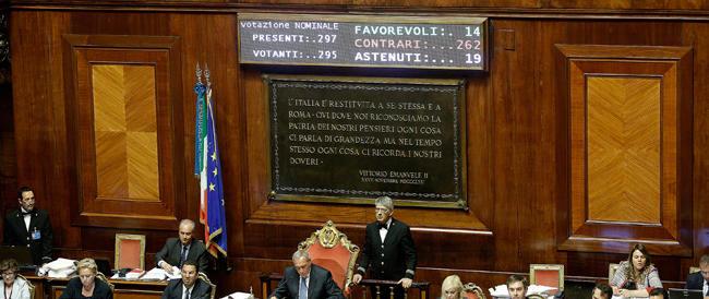 Riforme, esordio kafkiano. Grasso concede il voto segreto per cinquemila emendamenti. Tutto in salita per il governo