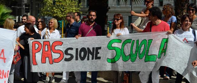 Scuola : aumentano le ore di insegnamento, sindacati sul piede di guerra