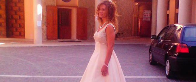 Crisi e dintorni: per il giorno più bello l'abito da sposa lo offre in prestito la Caritas