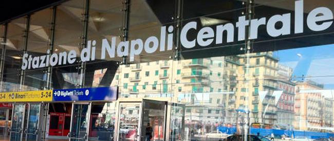 Romano ferito alla stazione di Napoli, la Digos è scettica sulla pista della vendetta ultrà