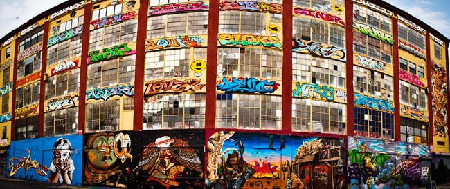 New York, le ruspe dei costruttori spianano 5Pointz, la più grande esposizione di street-art al mondo