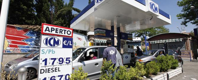 Irregolare il 28% dei distributori di benzina: sequestri e denunce