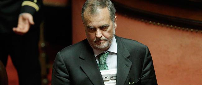 """Calderoli è """"disperato"""": chiedo al papà della Kyenge di togliermi la macumba, sono stato troppo male»"""