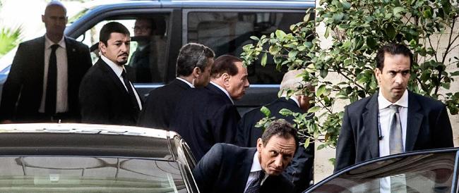 Berlusconi: «Il governo è incapace di gestire la crisi. Ma presto ritornerò a tempo pieno…»