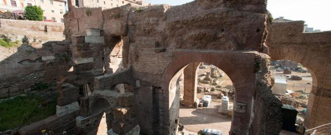 Festa grande a Roma per il bimillenario di Augusto ma il mausoleo resta chiuso e abbandonato al degrado