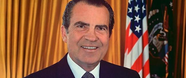 Quarant'anni fa la caduta di Nixon: vittoria dell'informazione o ispirazione dei poteri forti?