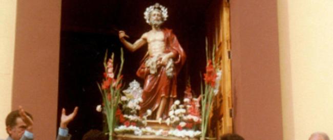 """""""Inchini"""", la processione proibita in Calabria emigra in Lombardia e dribbla il no del vescovo"""