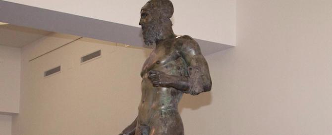 La faccia da bronzo (di Riace) del ministro Franceschini: «Non decido io…»