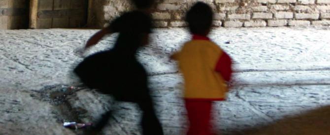 Roma, tredicenne violentata per anni dall'ex compagno della madre: arrestato un 48enne