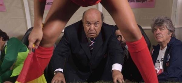 """Razzi in un film con Lino Banfi? Sul web impazza il politico """"allenatore nel pallone"""""""
