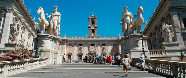 Bilancio «da brividi» per Roma. Con le nuove tasse, anche un posto al cimitero costerà di più