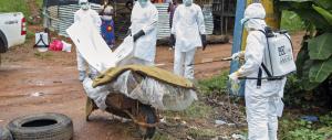 Sos Ebola: nuovo caso in Canada mentre migliorano le condizioni del medico americano infettato in Nigeria