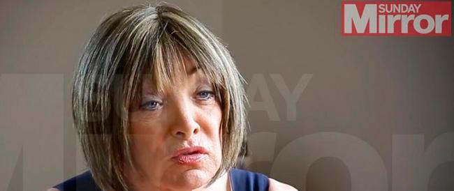 Quando era candidato di Farage attaccava i gay, ora cambia sesso: «Da oggi chiamatemi Kellie»
