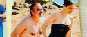 La vendetta della fidanzata di Hollande: lui smentisce le nozze, lei se ne va in Corsica con un altro