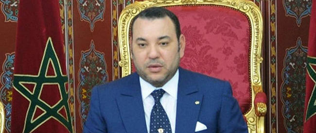 «Lei non sa chi sono io», disse il re del Marocco scambiato dagli agenti per scafista. E in effetti non lo sapevano…