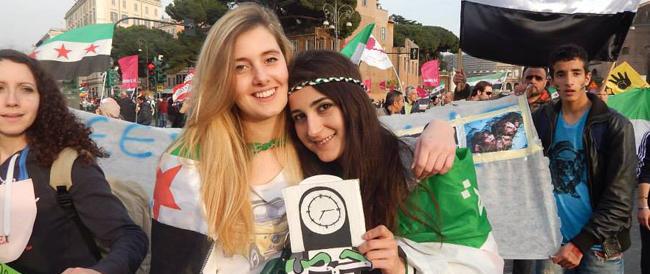 Vanessa e Greta erano partite dalla Lombardia per aiutare il popolo siriano: rapite 72 ore dopo l'arrivo