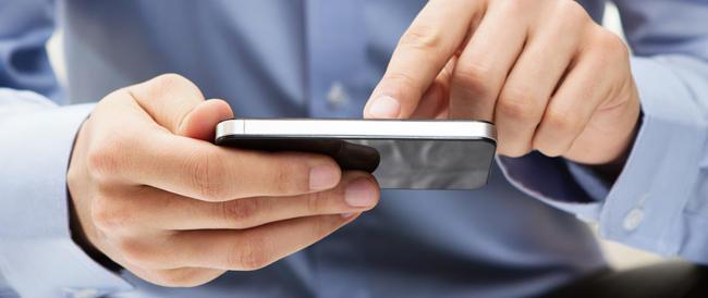 Samsung copia Apple e aumenta i prezzi solo da noi. Faranno pagare la Siae agli italiani