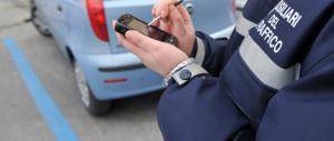 Strisce blu, la mazzata di Marino ai romani: aumenti del 400 per cento al mese sui parcheggi