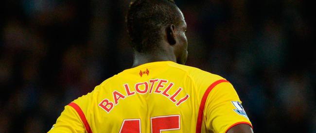 «Via dall'Italia perché gli inglesi sono più civili»: i tifosi del Manchester smentiscono Balotelli