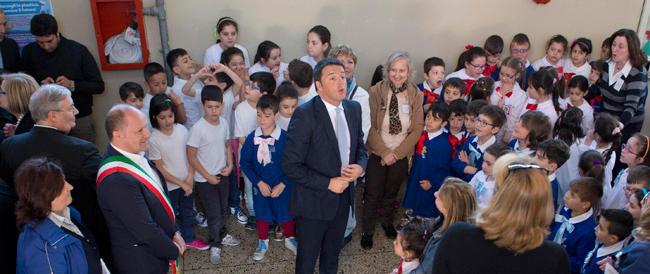 Senza pudore: i ministri faranno le star nel primo giorno di scuola, gli alunni come cavie