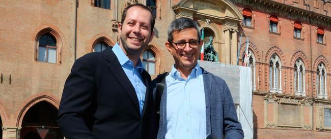 Il sindaco di Bologna disobbedisce (alla legge) e al prefetto: «Sulle nozze gay non torno indietro»