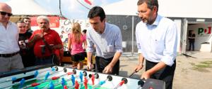 «Attenti ai rigurgiti fascisti»: Ignazio Marino fa il sindaco-militante (dei centri sociali)