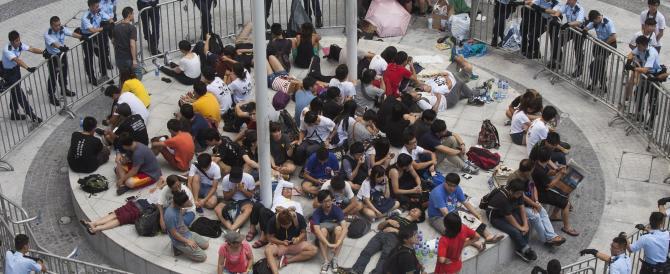Hong Kong, studenti in rivolta contro il regime comunista