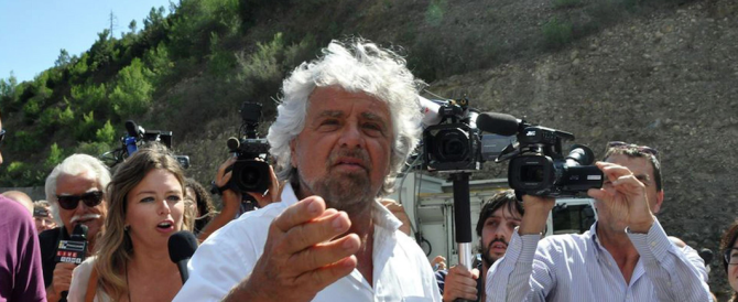 """Tra i grillini iniziano le epurazioni religiose: Grillo espelle un attivista cattolico per """"valori inconciliabili"""""""