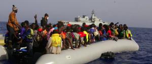 Emergenza immigrati: per un italiano su due è il motivo di maggiore preoccupazione