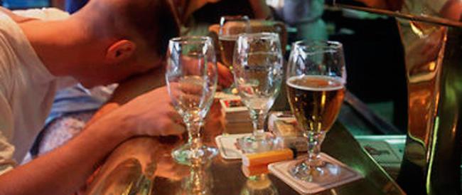 Emergenza alcol per i giovanissimi, adesso la prima sbronza arriva a 11 anni