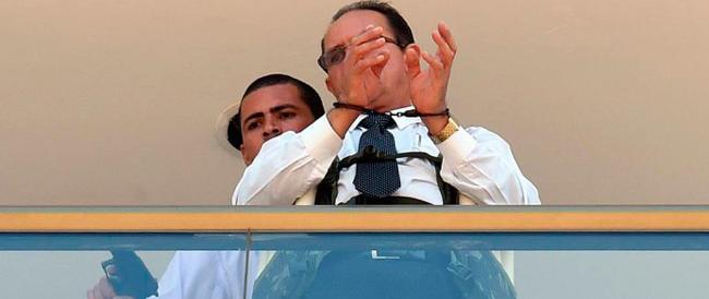 Brasilia, uomo barricato in un hotel con un ostaggio chiede l'estradizione di Battisti. Poi si arrende alla polizia