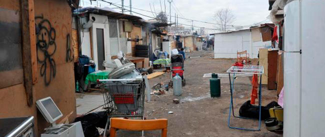 Assalti ai supermercati e per strada: un gruppo di nomadi finisce in manette