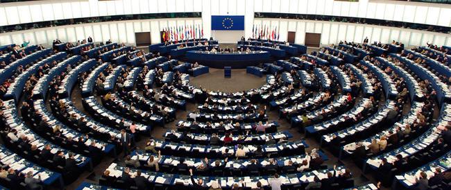 """Il nuovo governo europeo? Una """"Kommission"""" per la Meloni. Critica anche la Bernini"""