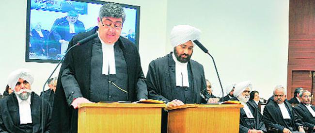La giustizia indiana perde ancora tempo: ennesimo rinvio per i nostri due marò