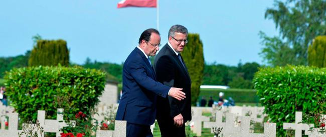 L'ex compagna distrugge Hollande: la sua credibilità è a zero, i sondaggi lo danno per finito