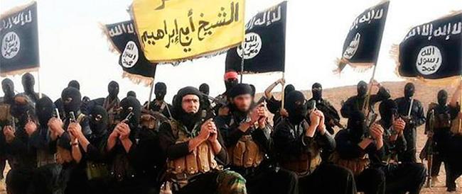 Nuovo minaccioso video dell'Isis che chiama a raccolta i terroristi: colpite Times Square, Las Vegas, Roma