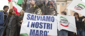 Il centrodestra: «Pronti a scendere in piazza per Latorre e Girone»